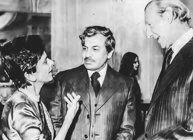 Dina Wadia with UN Secretary General Dr Kurt Waldheim in 1976 at a ceremony to commemorate the birth centenary of her father. Pakistan's Permanent Representative to the UN Iqbal A. Akhund is seen in the centre.