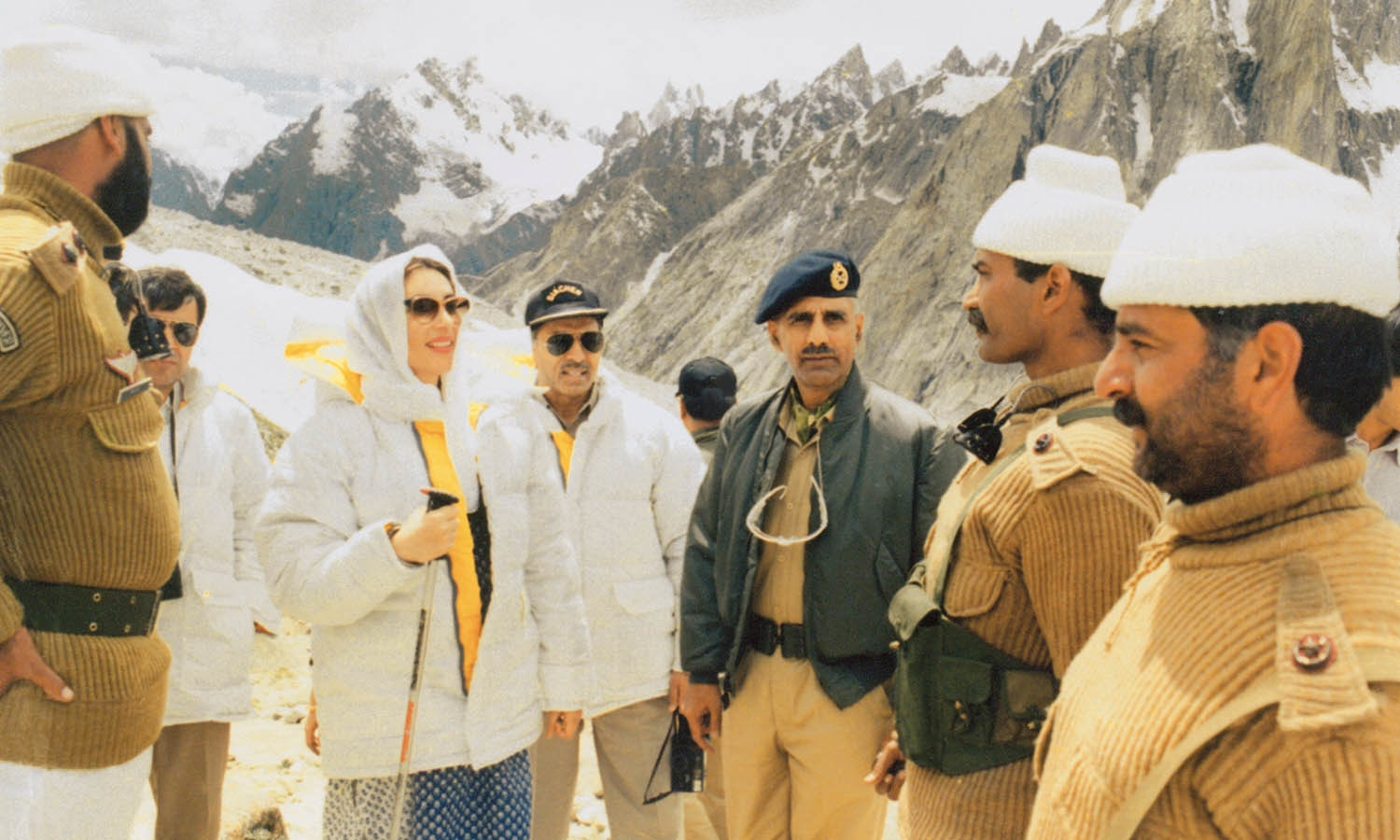 Benazir visited the conflict-ridden Siachen sector, becoming the first prime minister on either side of the border to do that.| Photo: DEMP.