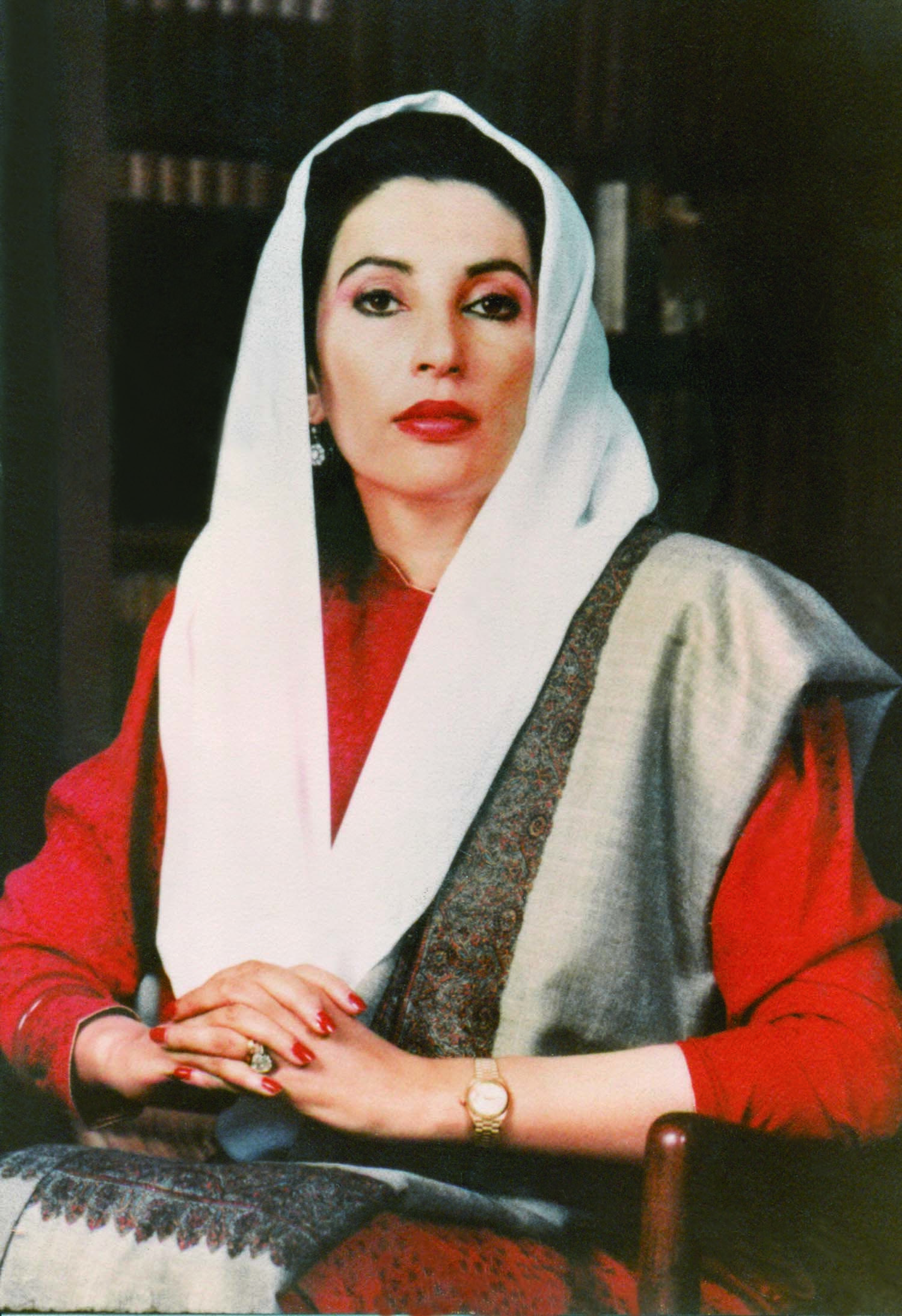BACK in the comfort of her office, Benazir was a true Daughter of the East, a dignity that launched a thousand political ships. | Photo: DEMP