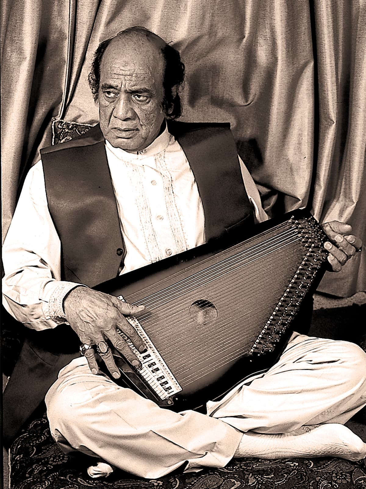 How Pakistani film music has declined over the decades - Herald