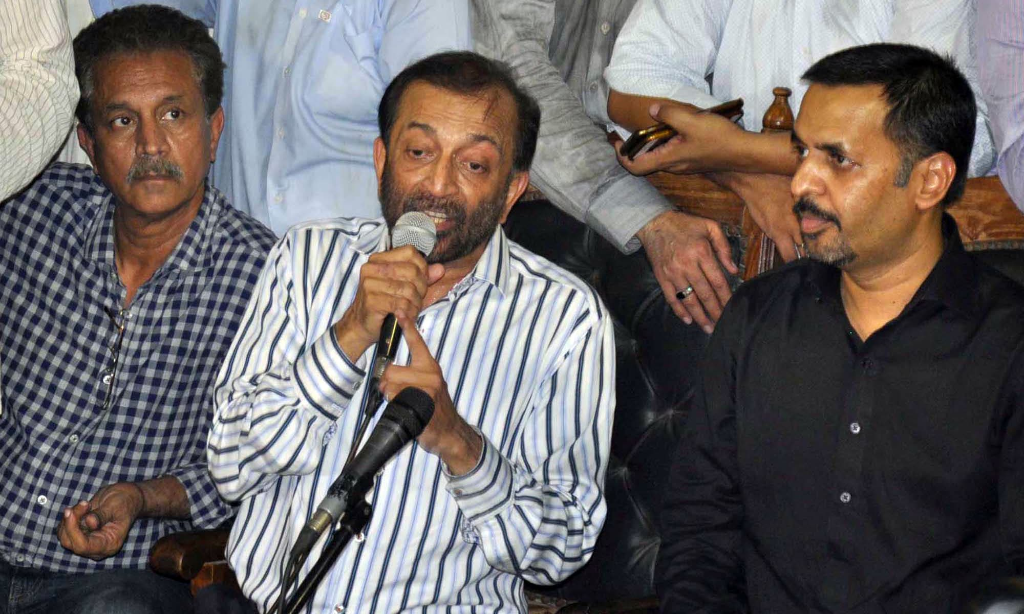 Dr Farooq Sattar addresses a joint press conference at the Karachi Press Club on Wednesday. —PPI
