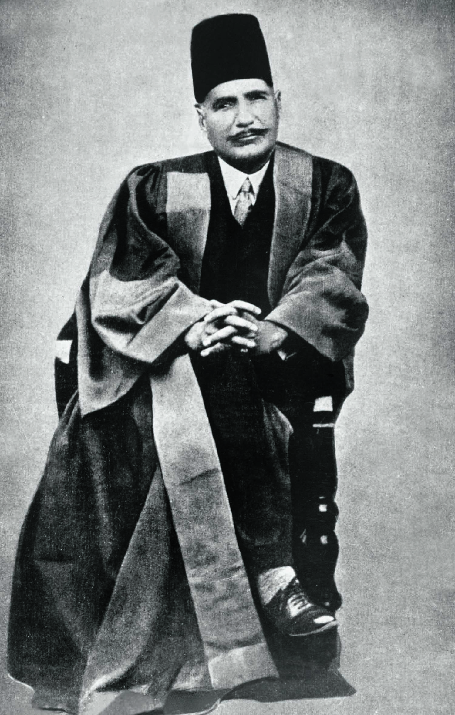 Allama Iqbal photographed right after having been acknowledged for one of the many distinguished academic achievements in his life. Photo: Iqbal Academy.