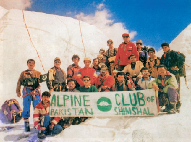 In 1995, the first batch of climbers was trained at Malangutti Glacier. The trainer, Rajab Shah (at the top of the group in red jacket and dark glasses), is the first Pakistan to have climbed all five eight-thousanders located in Pakistan   Photo from the book