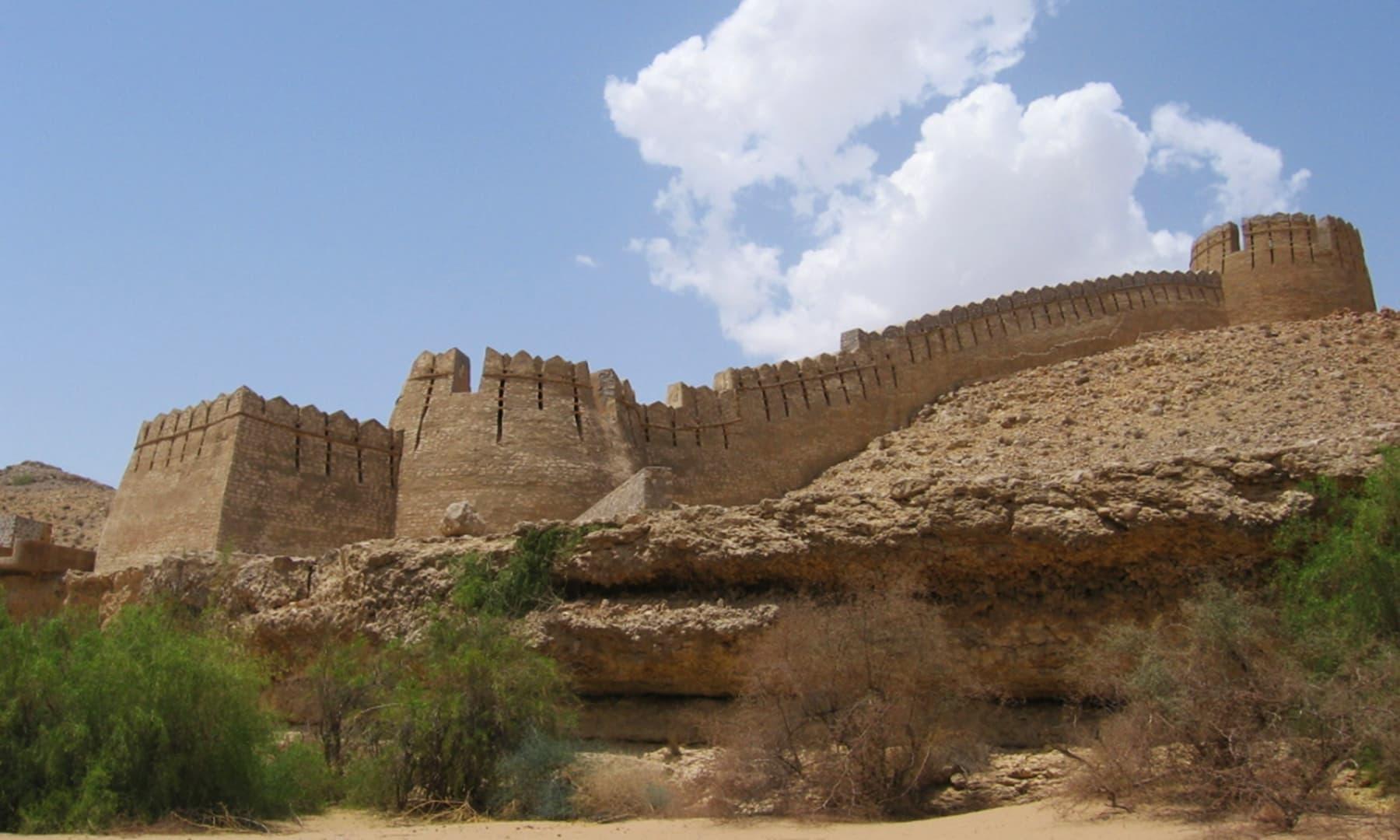 رنی کوٹ قلعہ—تصویر وکی پیڈیا
