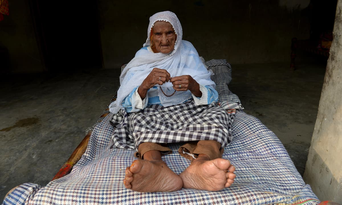 Mai Bibi has been bedridden for ten years since she lost the ability to walk due to water poisoning