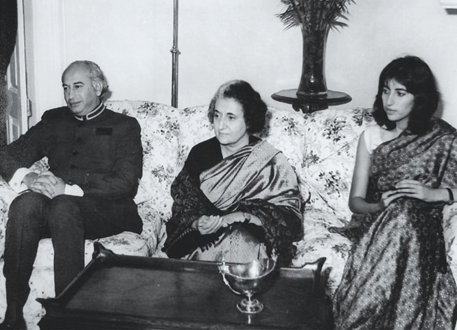 Benazir with her father Z.A. Bhutto and then Indian Prime Minister Indira Gandhi in Simla, 1972 | Photos courtesy the writer
