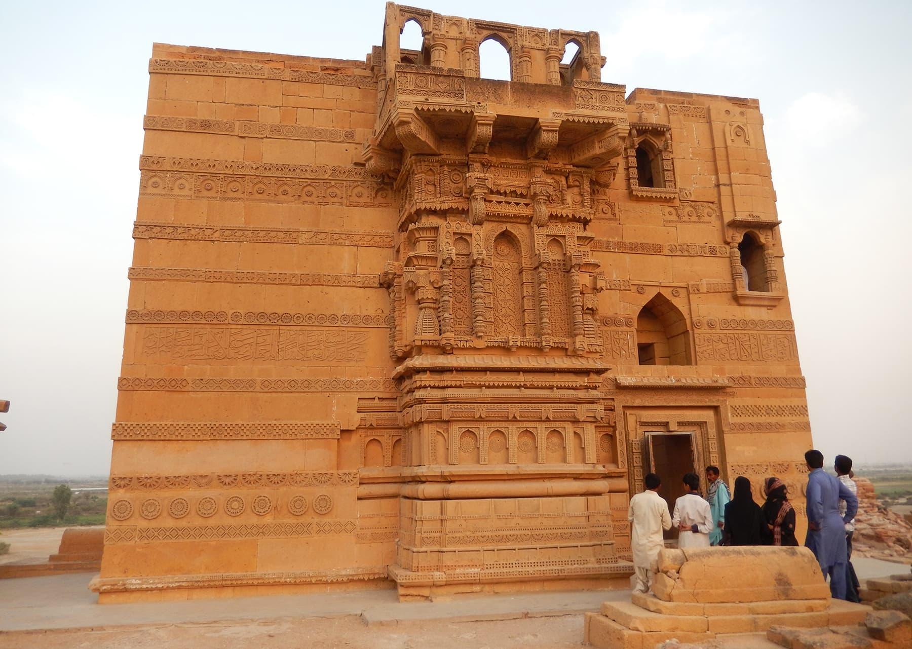 مقبرہ جام نندو —تصویر ابوبکر شیخ