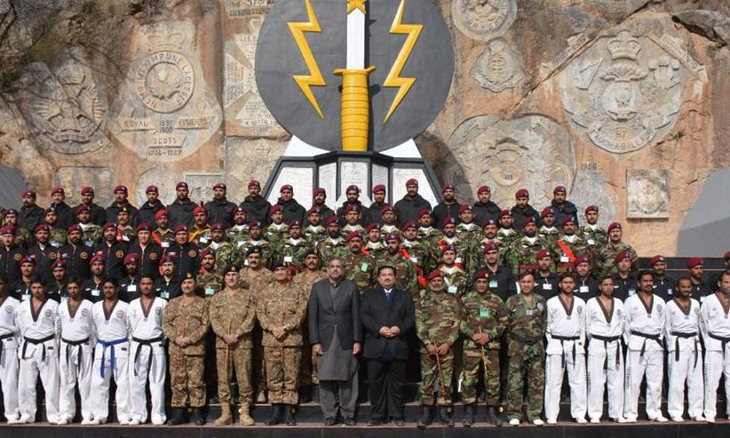 Prime Minister Shahid Khaqan Abbasi and Army Chief General Qamar Javed Bajwa visit SSG Headquarters in Cherat. —ISPR