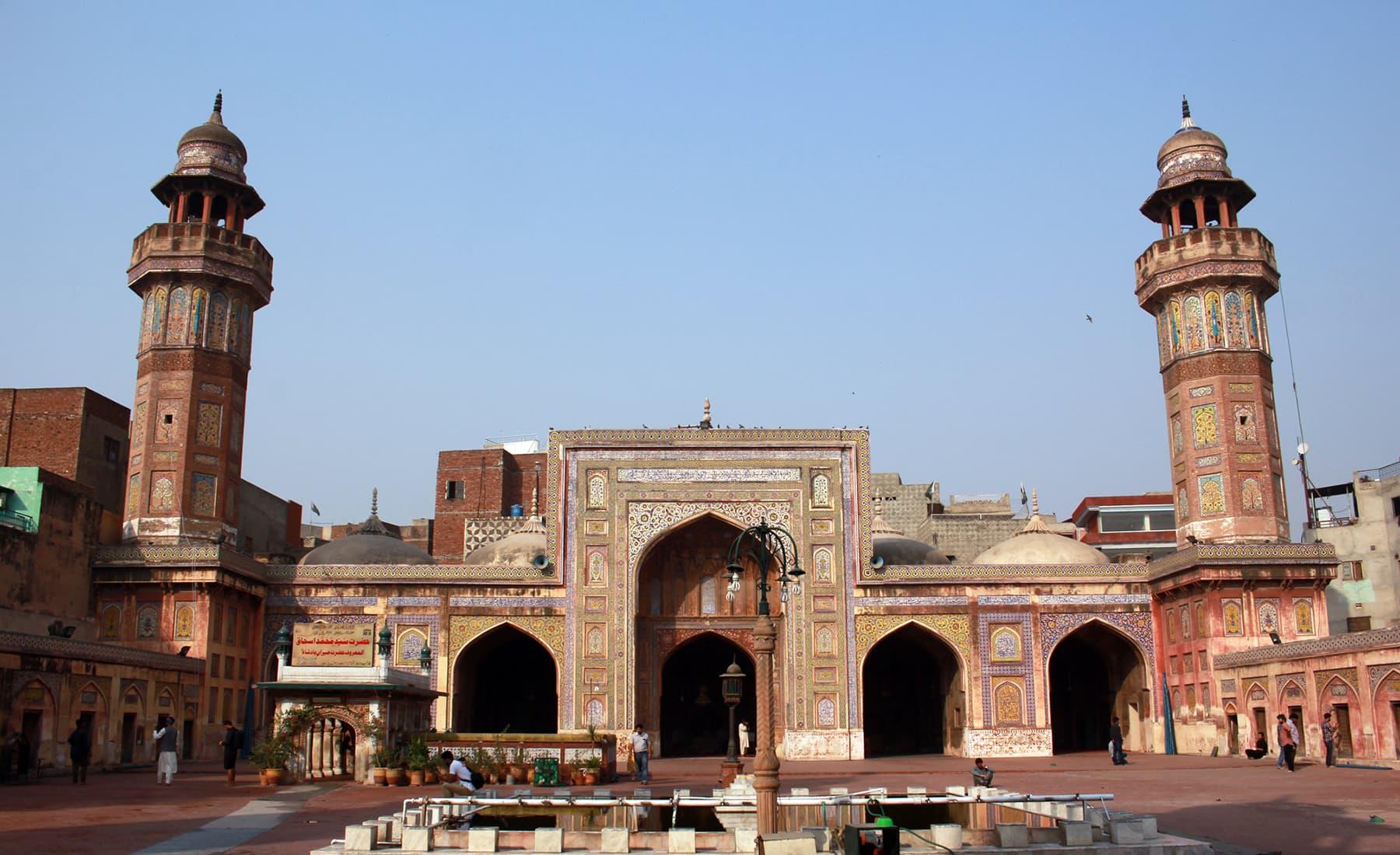 مسجد وزیر خان لاہور —تصویر عبیداللہ کیہر
