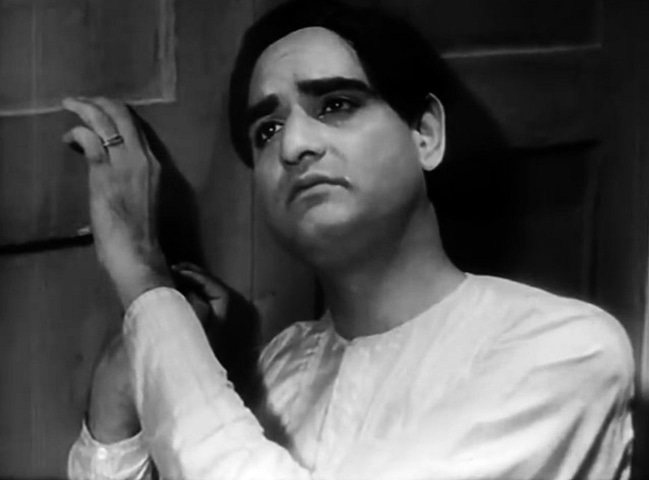 Singing has become his legacy, but Saigal was also a nuanced actor; among the many roles he played was the titular character in the 1935 version of Devdas | Still from the film