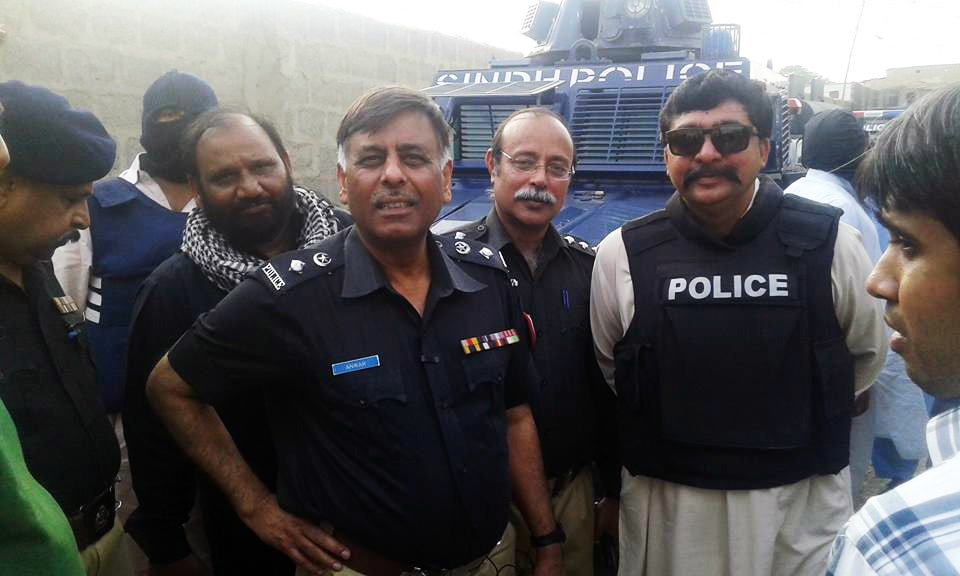 SSP Rao Anwar survives attempt on life in Malir, three attackers killed
