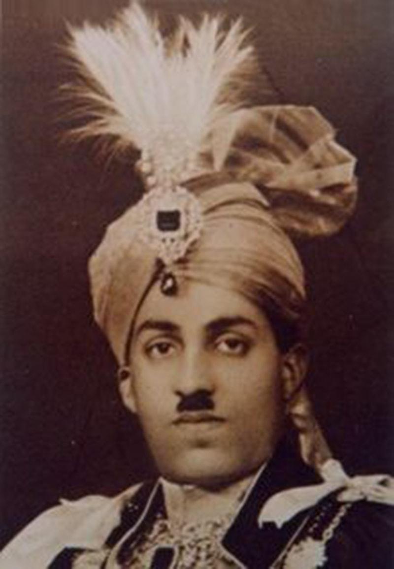 نواب سر صادق محمد خان عباسی۔
