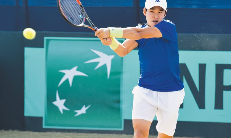 SOON Woo Kwon in action against Aisam.—White Star