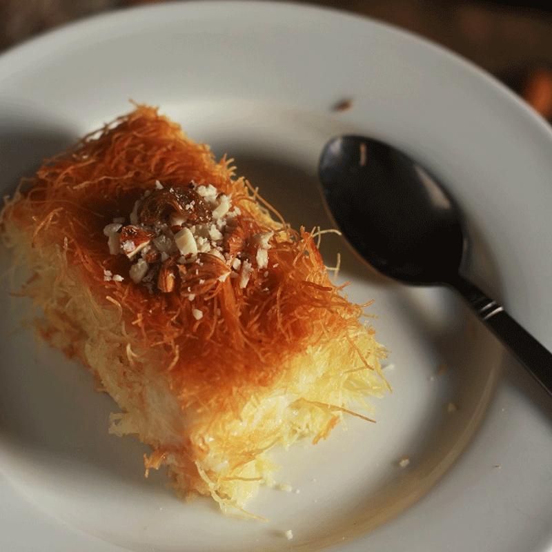 Most Arabs use their family recipes to make Knafeh at home.. Photo: faskitchen.com