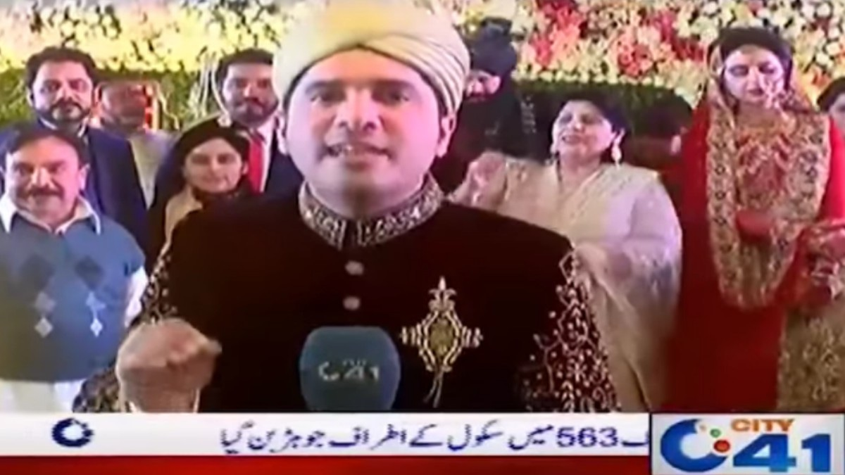 This Pakistani reporter covered his own wedding on TV and maybe love isn't dead after all