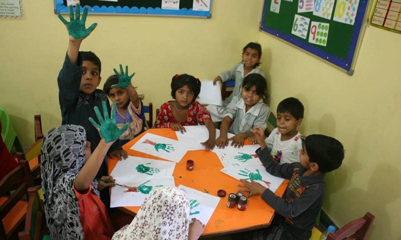 لیمو گوٹھ میں فہد کا اسکول —تصویر سدرہ ڈار