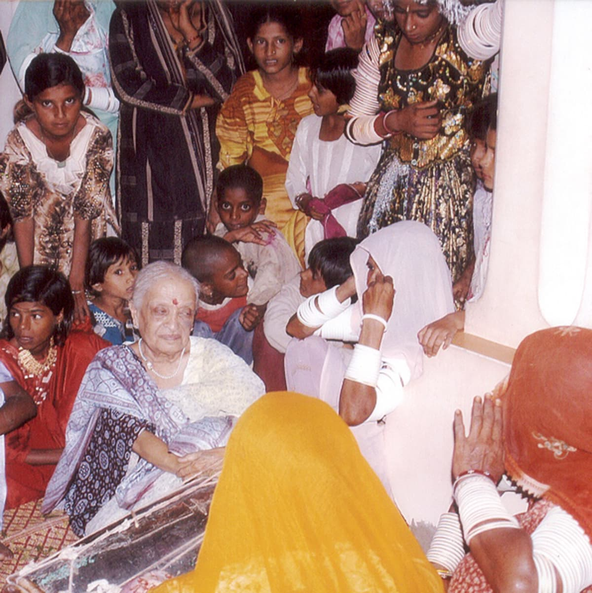 بجیا عمر کوٹ کی راجپوت خواتین کے ساتھ