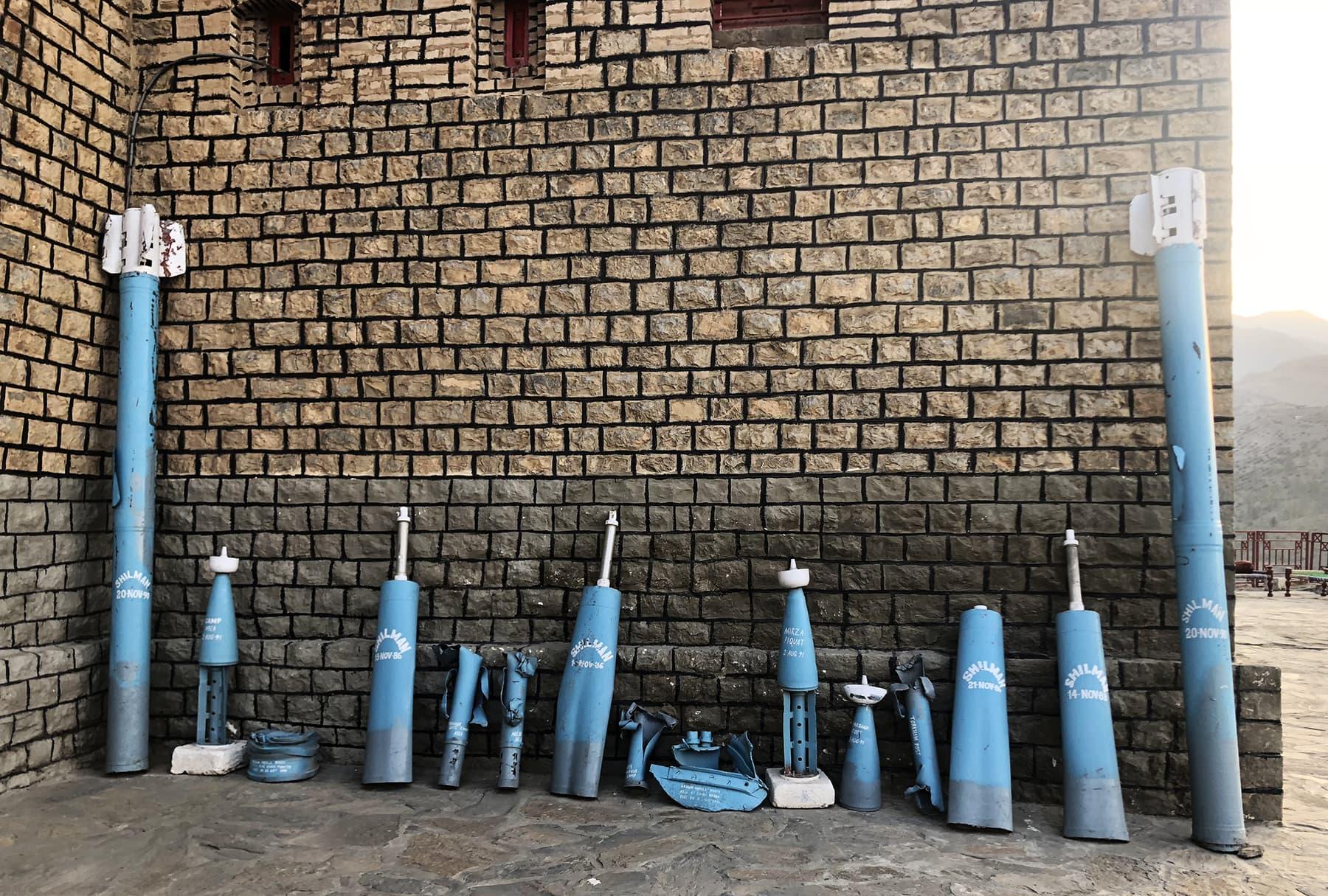 افغانستان کی طرف سے فائرکردہ روسی ساختہ میزائل —فوٹو: عظمت اکبر