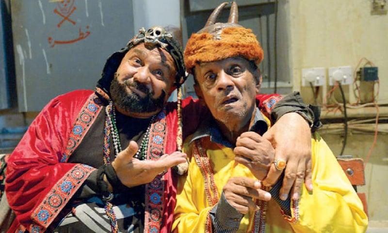 زکوٹا جن (منا لاہوری) اور ہامون جادوگر (حسیب پاشا)—تصویر وائٹ اسٹار