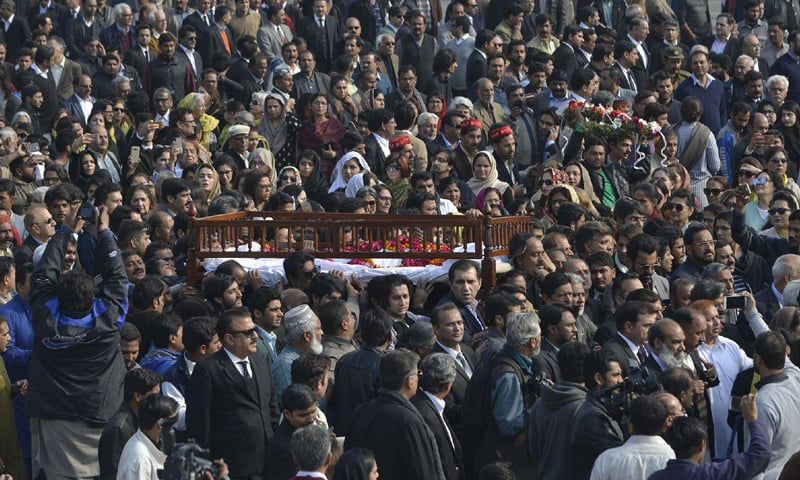 The image of hundreds of women participating in Asma Jahangir's funeral along with men encapsulates her real impact on Pakistani society | Photos by White Star