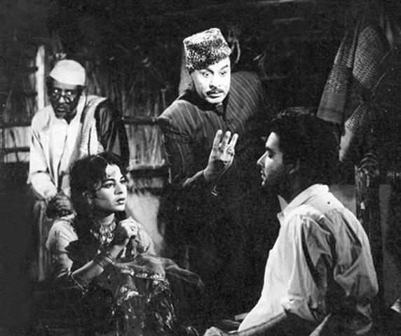 W.Z. Ahmed directed Waadah(1957) with Santosh Kumar and Sabiha Khanum | Photos: Guddu Film Archive
