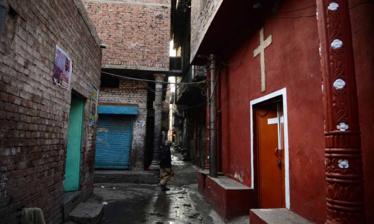 A church stands in a cramped alley of Joseph Colony in Lahore | Murtaza Ali, White Star