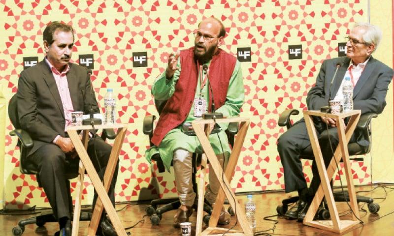 Nasir Abbas Nayyar, Anis Ashfaq and Masood Ashar. — White Star