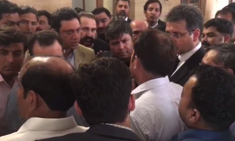 Axact CEO Shoaib Sheikh at the Sindh High Court on Monday. — DawnNews