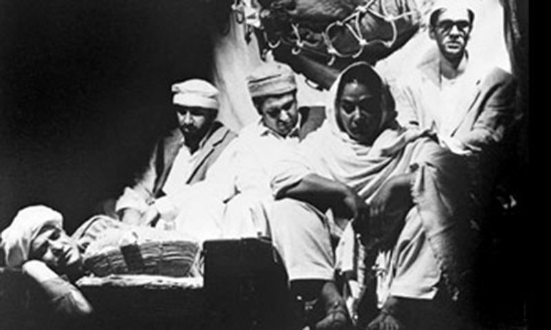 وہ 1964ء میں پاکستان ٹیلی وژن کی آمد کے بعد ٹی وی سے منسلک ہوئے۔