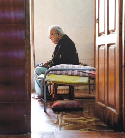 Jam Saqi during his final days at his Hyderabad home | Tahir Jamal/White Star