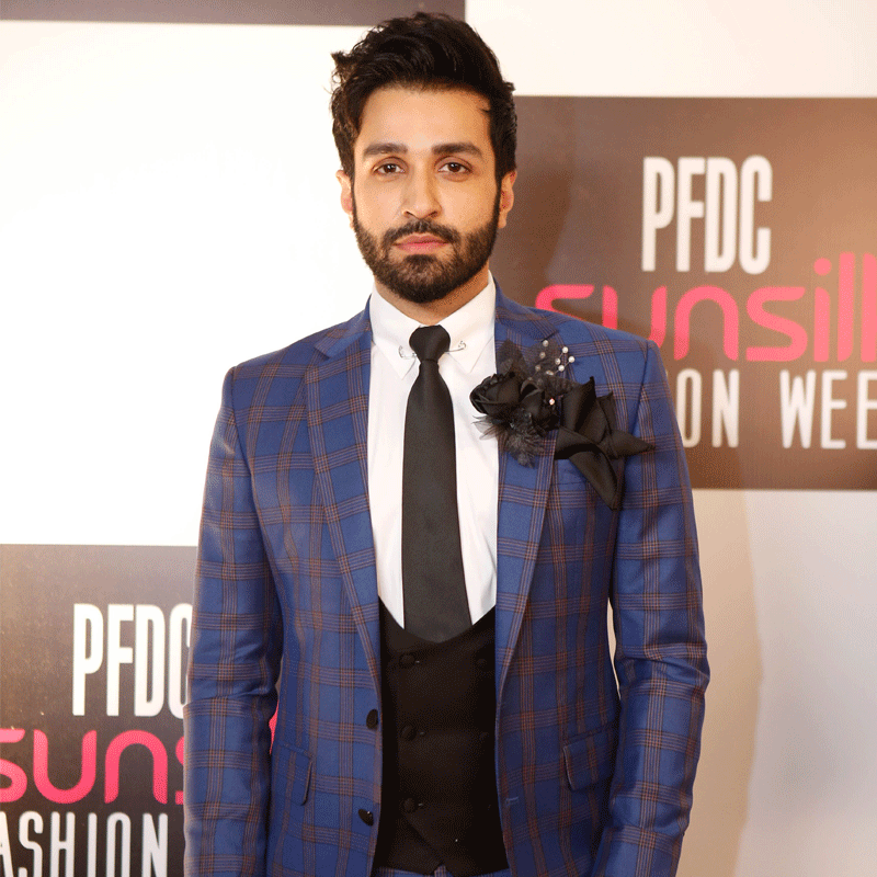 The cameras couldn't get enough of Azfar Rehman on the red carpet.