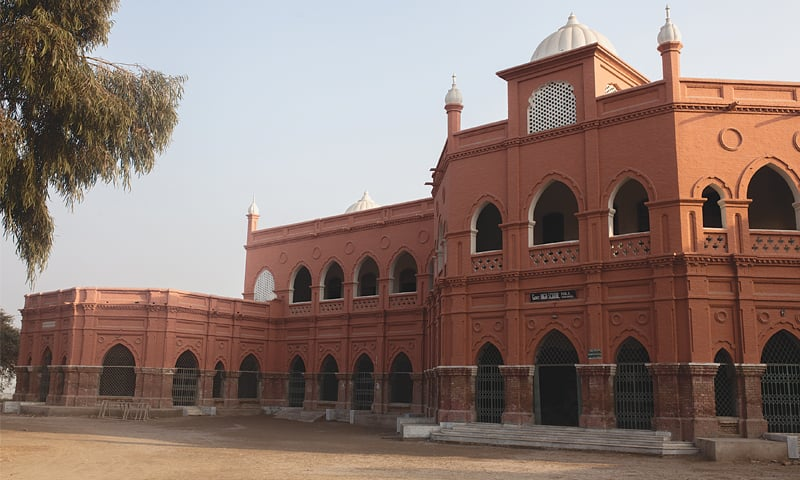 Government High School 2 in Shikarpur is a heritage building constructed at the beginning of the 20th century   White Star