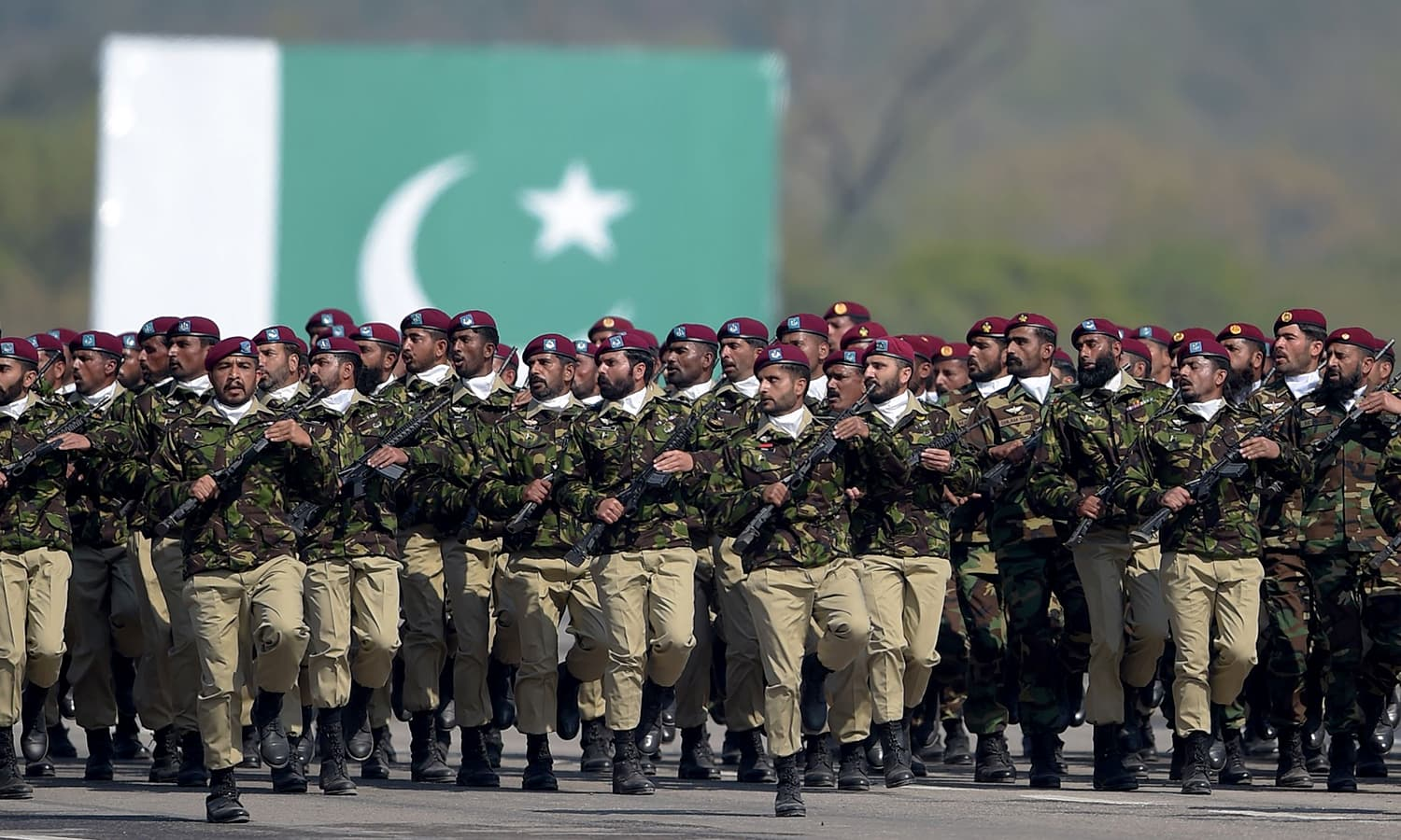 Troops from the Special Services Group (SSG) march during the Pakistan Day military parade in Islamabad. ─AFP