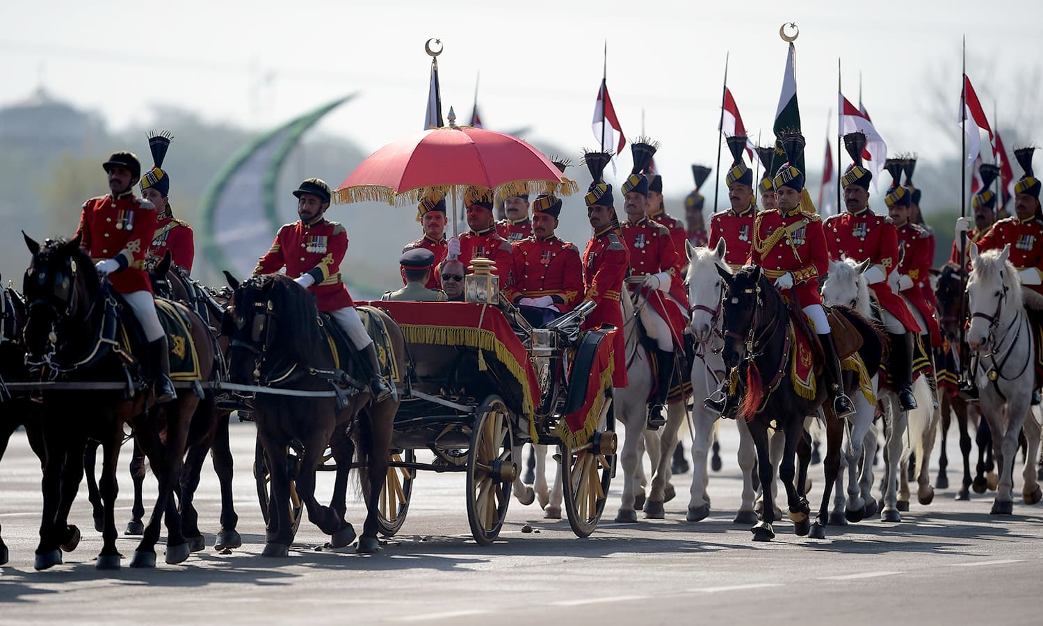 President Mamnoon Hussain arrives at the venue for the Pakistan Day military parade in islamabad. ─AFP