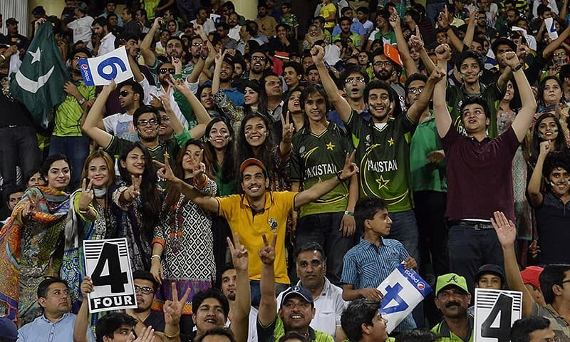 Comment: Cricket craze reaches its zenith in Karachi
