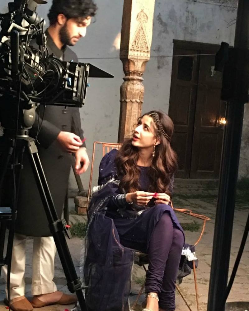 Mawra says that the stylist and makeup artist has read the script to understand the eraher character is living in