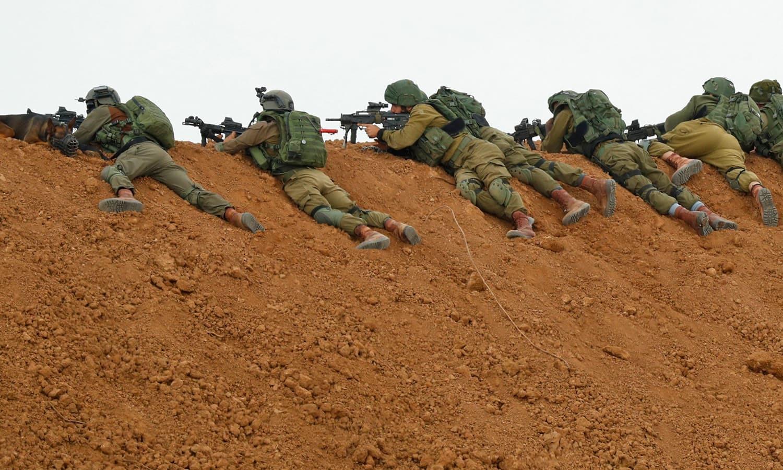 اسرائیلی فوج کا کہنا ہے کہ یہ احتجاج ریاست کے استحکام کے خلاف تصور کررہے ہیں—فوٹو:اے ایف پی