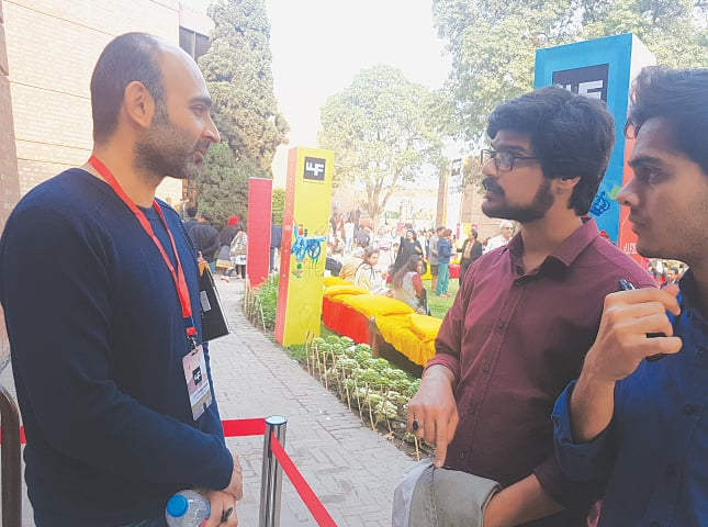 Mohsin Hamid chats with his readers at the Lahore Literary Festival | Irfan Aslam
