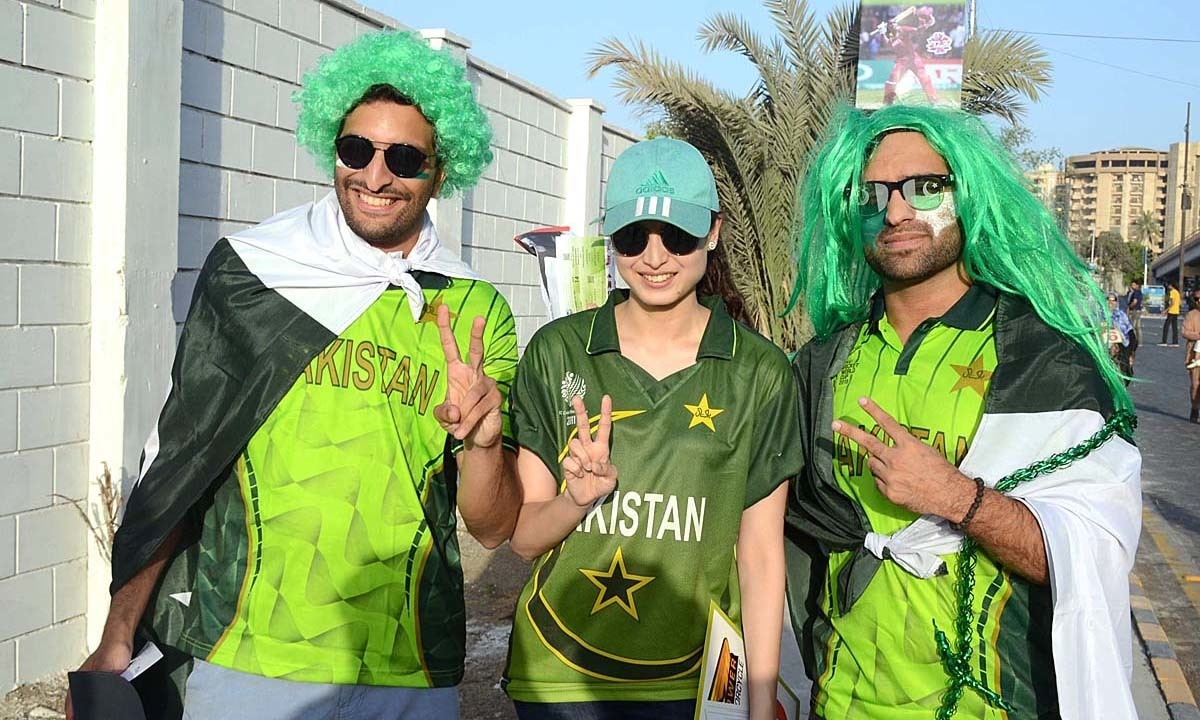 People coming to watch the first T20 match between Pakistan and West Indies at National Stadium. —APP