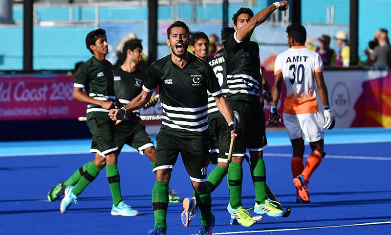 Pakistan players celebrate their 2-2 draw against India after their men's field hockey match between India and Pakistan at the 2018 Gold Coast Commonwealth Games. —AFP