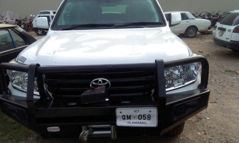 امریکی سفارت خانے کی گاڑی  تھانے منتقل کردی گئی