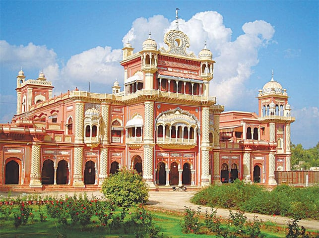 The majestic Faiz Mahal