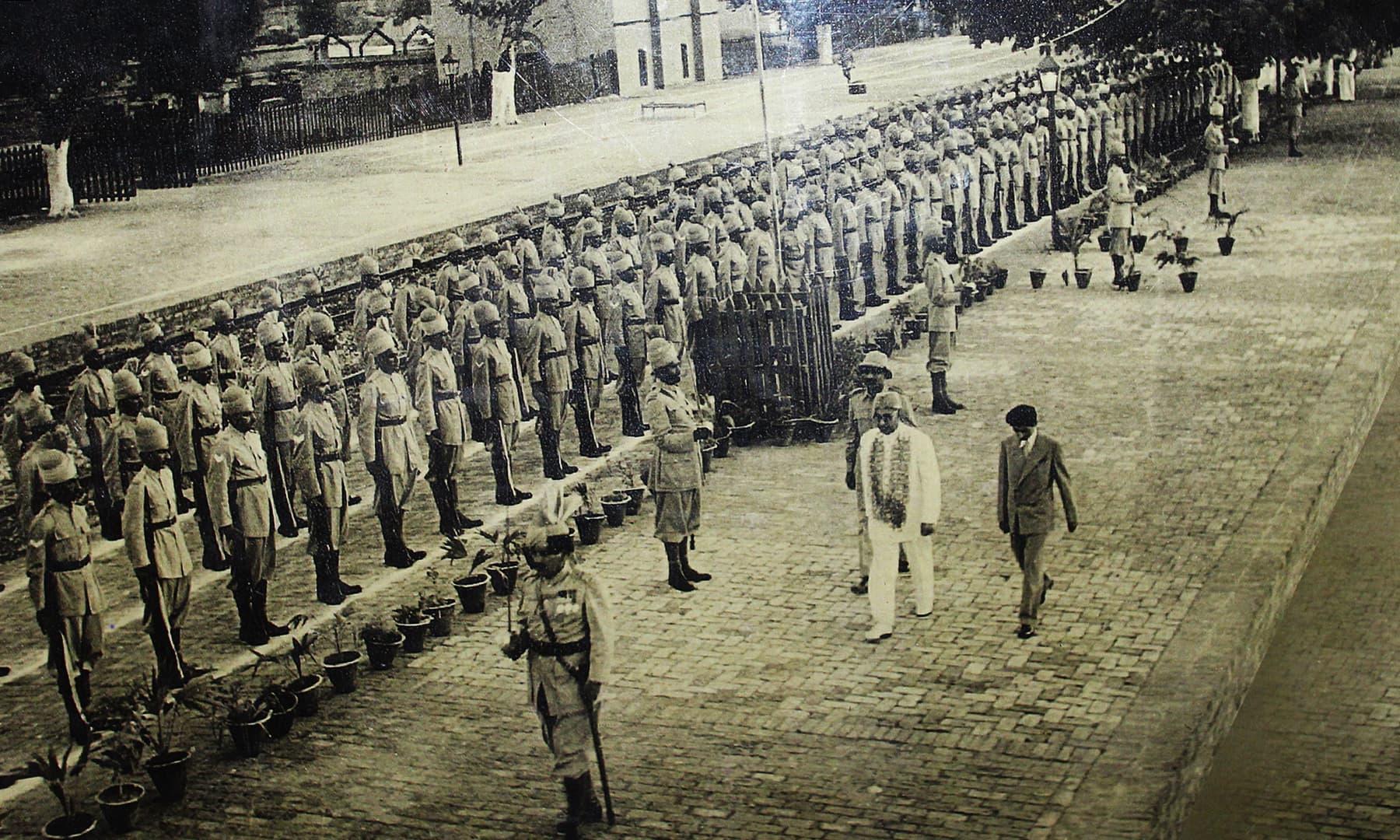 پاکستان کے پہلے وزیرِاعظم لیاقت علی خان نے بھی فیض محل کا دورہ کیا تھا— تصویر اختر حفیظ