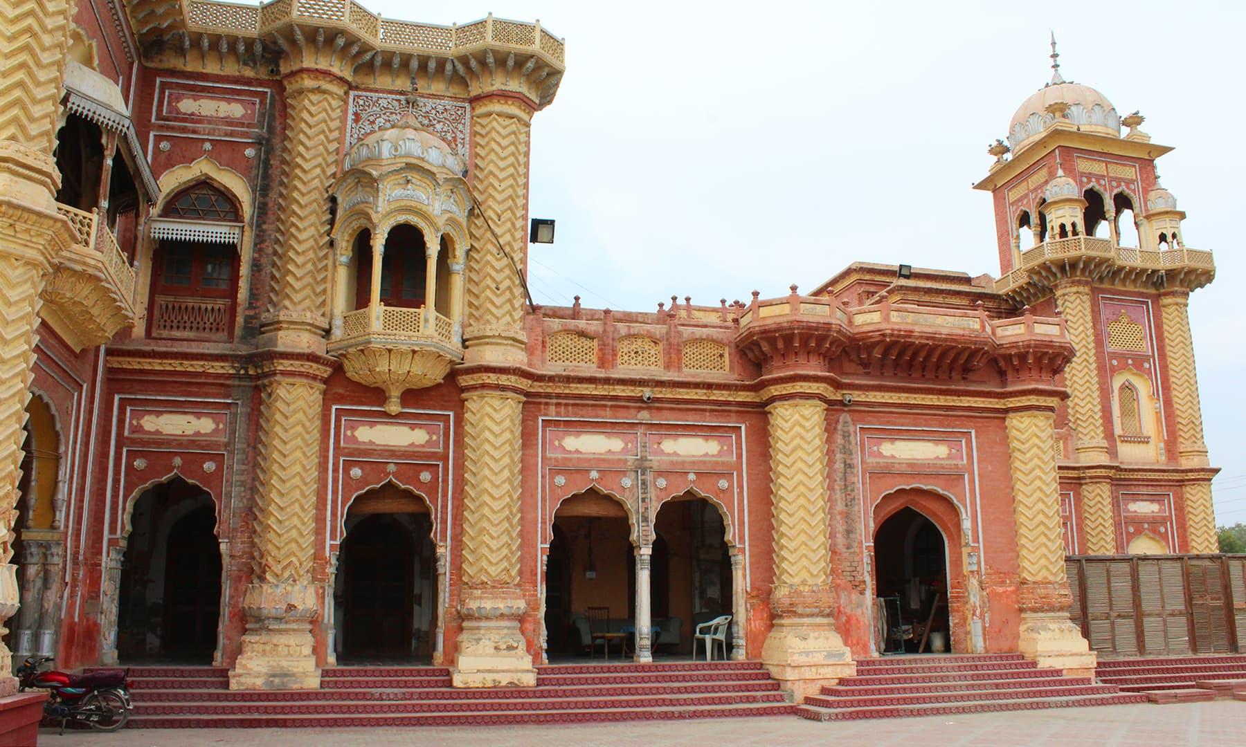 خیرپور میں واقع فیض محل—تصویر اختر حفیظ