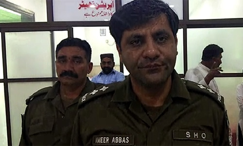 Danga police station's SHO Ameer Abbas speaks to DawnNewsTV. — Photo by author