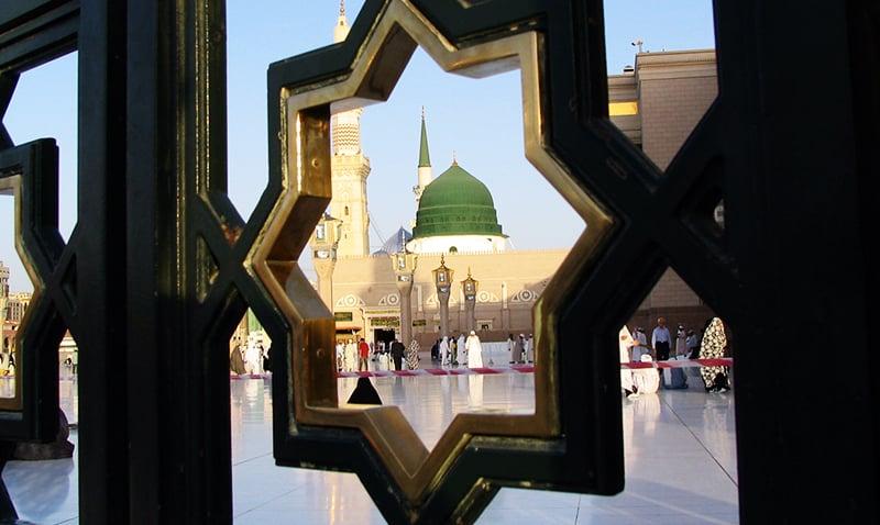 مسجد نبوی کا ایک خوبصورت منظر—تصویر عبیداللہ کیہر