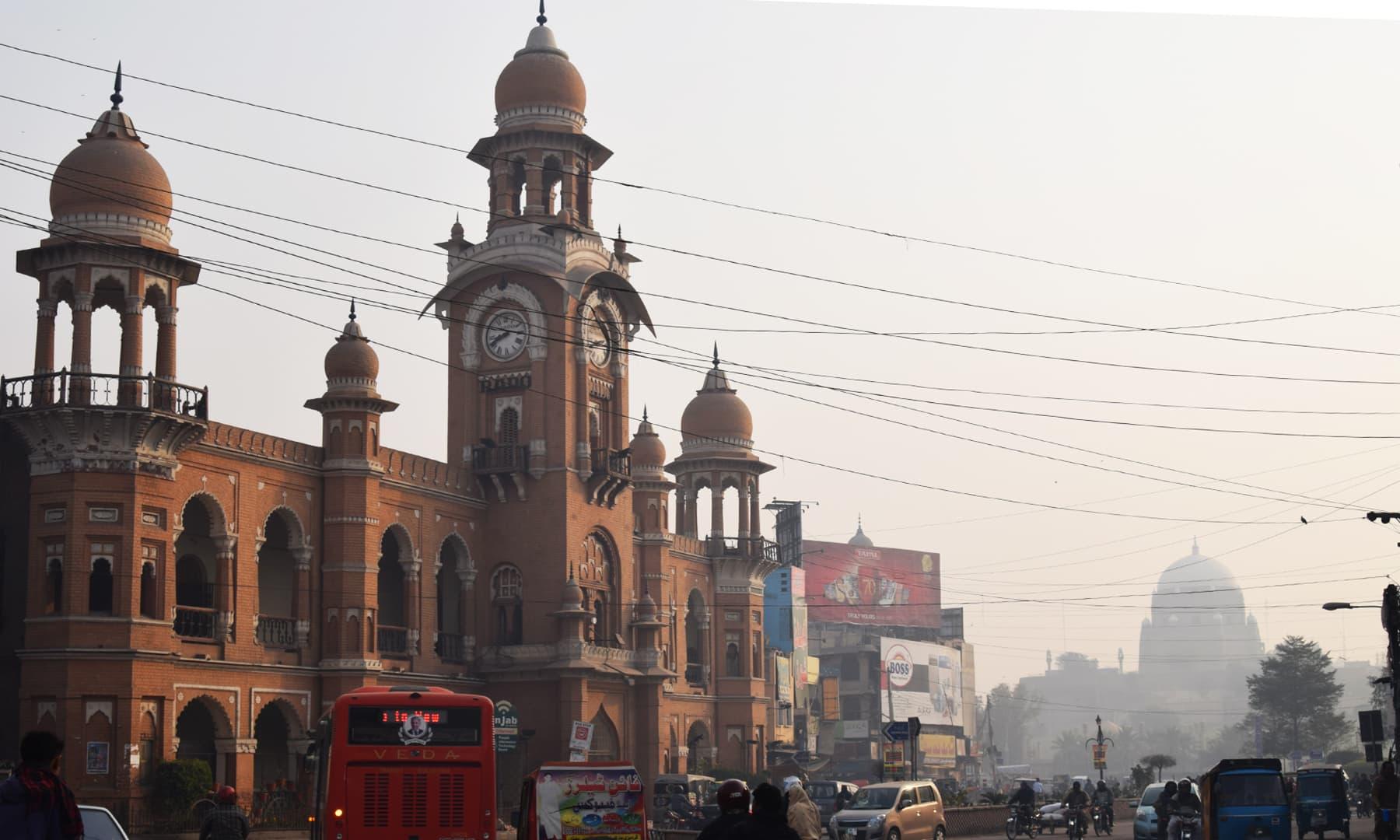 تاریخی عجائب گھر ملتان شہر کے حسن کو دوبالا کرتا ہے—تصویر عظمت اکبر