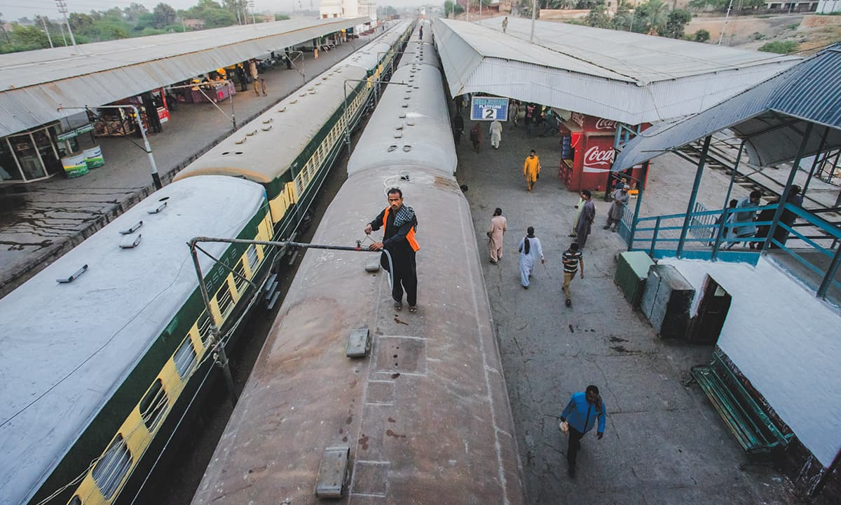 Rohri Junction | Mohammad Ali, White Star