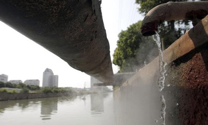 آبی پالیسی میں پینے کے پانی اور صفائی کی سہولتوں تک شہری اور دیہی دونوں علاقوں کی رسائی کی بات کی گئی ہے