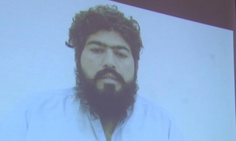 گرفتار ٹارگٹ کلر عبدالرحیم — فوٹو: ڈان نیوز